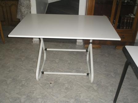 שולחן שרטוט למכירה